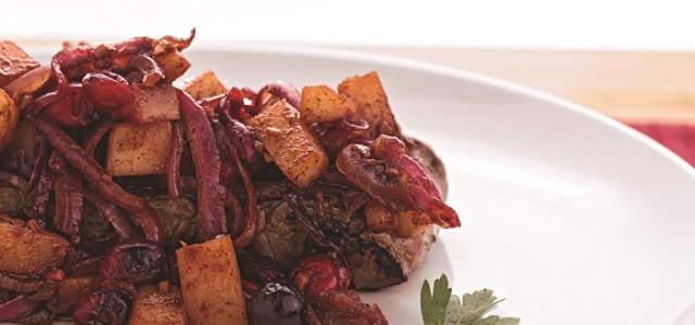 Recipe of the Week: Pear-Cranberry Beef Tenderloin
