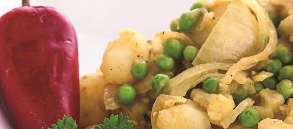 Recipe of the Week: Curry Potatoes and Cauliflower